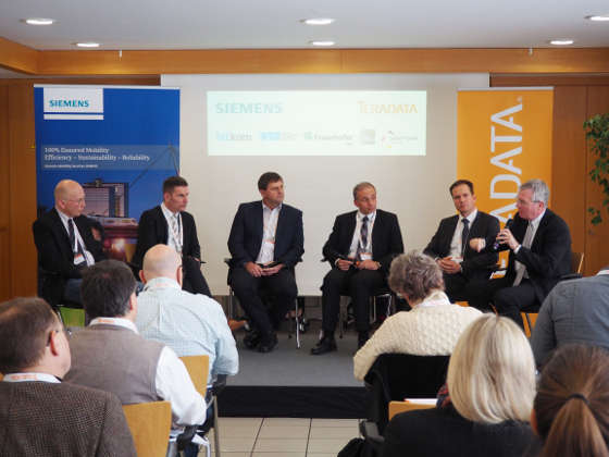 f+h vor Ort: Podiumsdiskussion bei Siemens