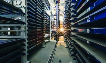 Blechlager: Automatiklager erhöht Produktivität