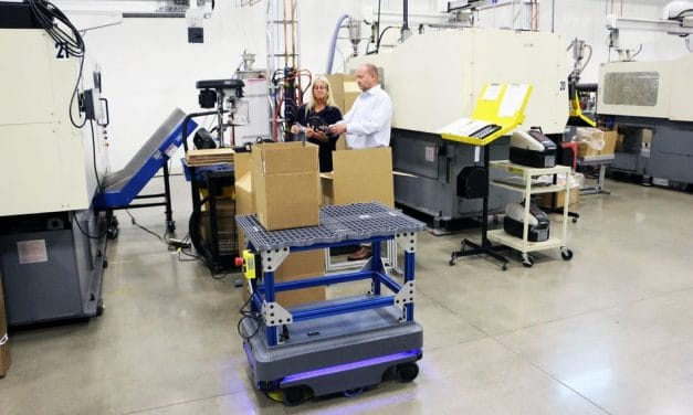 Mobile Robotik im Spritzguss: Metro Plastics zeigt, wie's geht